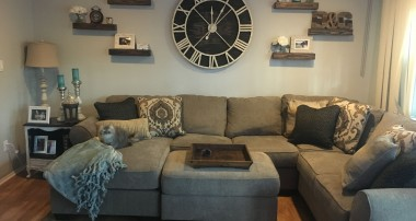 Decorating Homes with Wall Clock